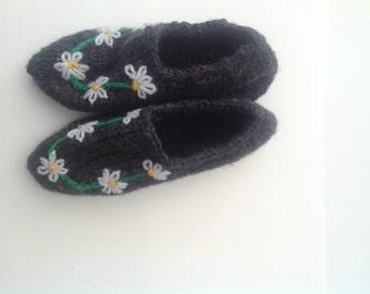 Handknit slippers, women's daisy embroidered  slippers, slipper socks, dark gray color house shoes.