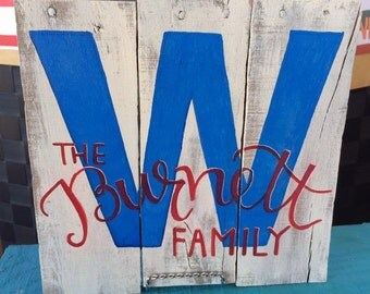Chicago Cubs W Pallet Sign