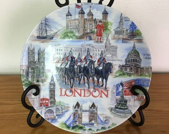 Souvenir Plate of London, England