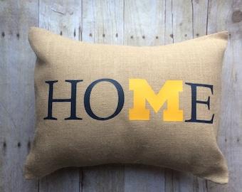 Michigan pillow-U of M pillow- Michigan pillow cover- go blue- Michigan home pillow- Michigan home