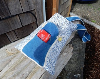 Beach Bags, Beach Totes, Summer Hand Bags. Cottage style Bags