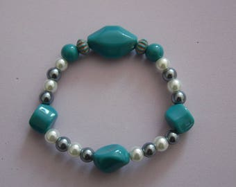 Blue and white, glass pearls, beaded bracelet