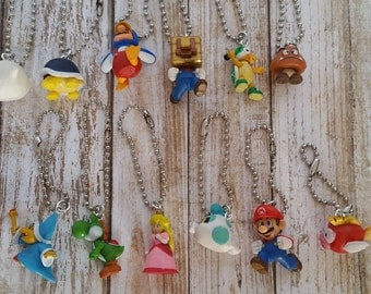 10 pc Super Mario Backpack/Zipper Pulls Party Favors Set of 10 made with Super Mario theme Figures