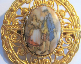 Gold Tone Pin w/ Early Picture