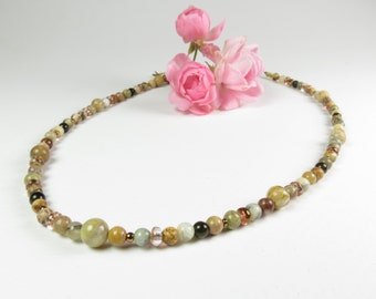 Small, multi-stoned necklace with earthtones