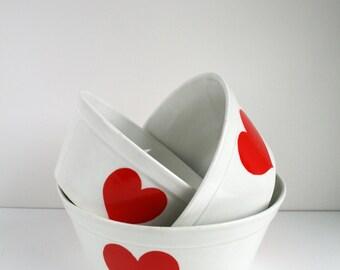 Ditmar Urbach Pre-War Love Heart Nesting Bowls Set of 3