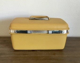 Vintage Yellow Samsonite Saturn Train Case; Mirrored Train Case; Samsonite Luggage; Vintage Train Case; Samsonite Train Case