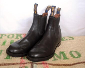 Black Baxter Boots -  Vintage Made in Australia – RM Williams style Leather Chelsea Ankle Boots - Size Aus 7 , US M 7.5 , USL 9 , EU40