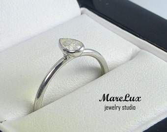 Pear Cut Diamond Silver Stacking Ring, 5x3 mm Pear Cut Teardrop White Diamond CZ Classic Stacker Ring White Cubic Zirconia Stacking Ring