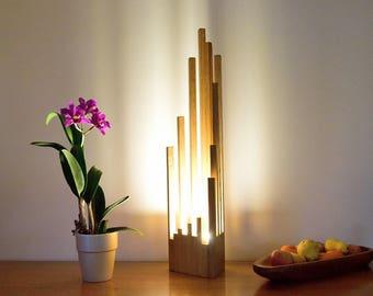 QUERTA : Waxed solid Oak lamp.