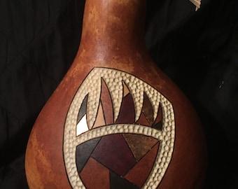 Gourd art bear claw design