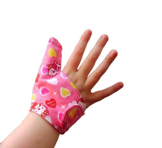 how to make baby stop sucking thumb