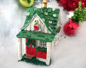Miniature Teeny Christmas Cottage