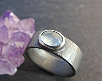 mens aquamarine ring, wide mens ring hammered, black silver ring aquamarine, men promise ring silver wood grain ring, ring anniversary gift