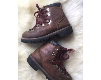 70s Vasque Hiking Boots Vintage 1970s Distressed Brown