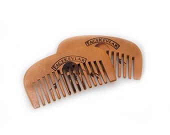 FaceKevlar Pear Wood Comb
