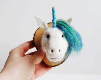 Needle Felted Unicorn Head Trophy - Faux Taxidermy Unicorn, Needle Felt Unicorn, Quirky Wall Art, Handmade Fibre Art, 3D Wool Sculpture