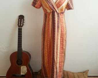 Spiritual India Dress - Vintage 60s Cotton Caftan Dress with Paisley Print. Hippie Boho Style