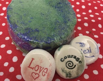 Worry stone keepsake Bath bomb 4.5oz