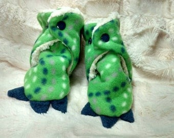 Dino Feet/Claws No Slip Gripper Slipper/Booties Stay On Snap Close