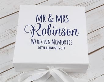 Wedding Keepsake Box - Wedding Gift - Wedding Memories Box - Mr & Mrs Gift - Wedding Gift Box - Personalised Wedding Keepsake - Wedding Box