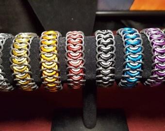 Vertebrae Stretchy Chainmail Bracelet