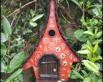 Lady bird birdhouse/birdhouses/handmade/Garden art/bird houses