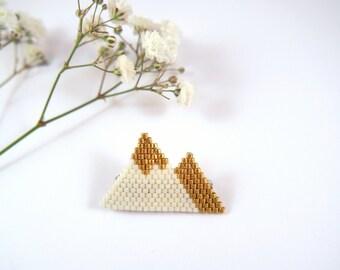 Scandinavian mountains brooch woven Miyuki beads