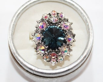 Handmade Ring with Swarovski crystals, oriental style, tribal style, luxurious ring, luxurious jewelry, blue ring