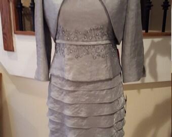 Jessica Howard Size 8p 2 piece women's dress suit