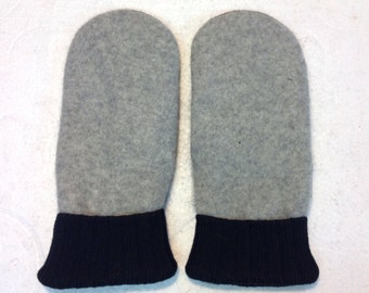 Sweater Mitten - Black and Grey - Free Shipping in U.S. - 1