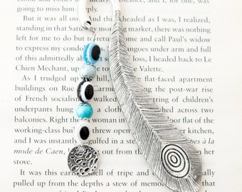 Feather book mark, Metal bookmark in silver and blue, Gifts for book lover, bookworm, protect from Evil eye, Nazar boncuk, Good luck charm