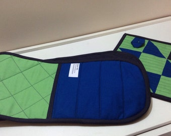 Mitaine double pour le four et sous-plat. Double Oven Mitt and Hotpad. Ready to ship.