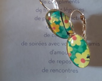 retro pattern flowers yellow and green earrings