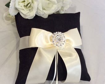 Ivory Ring Pillow, Silk Ring Pillow, Black and Ivory Ring Pillow, Black Silk Ring Pillow, Silk Ring Bearer Pillow, Wedding Ring Pillow