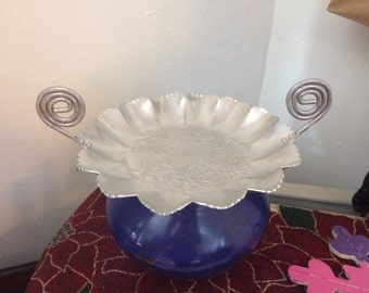 Vintage Mid Century Hand Hammered Aluminum Serving Tray