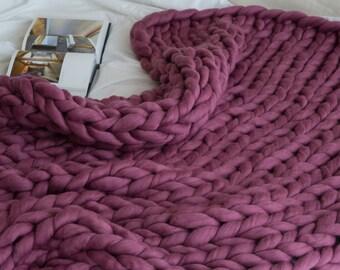 SUMMER SALE ! Chunky knit blanket, giant yarn, throw  wrap, arm knit from 100% merino wool, extra warm chunky blanket,Birthday gift