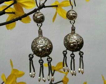 Vintage silver earring from Kazakhstan, kazakh jewelry, kazakh earring,