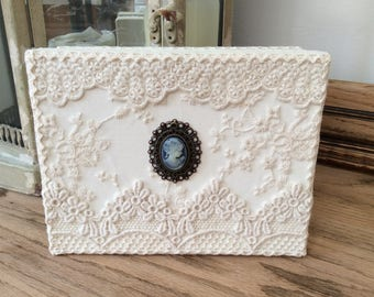 Wedding gift box, altered lace box, jewellery box, lace keepsake box, Victorian wedding decoration, lace storage box, romantic gift for her