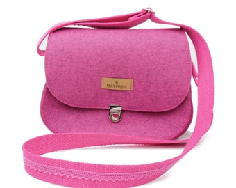 "Purse - Saddle bag ""S"" in pink by marengu"
