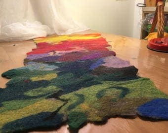 multicoloured rug 100 x 35 cm.