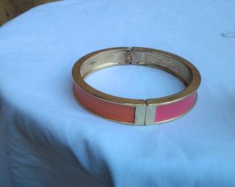 Retro hinge Bracelet with vinyl pink and orange