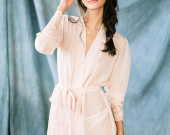 Bridal robe/Chiffon robe/Bridal kimono/Wedding robe/Dusty pink robe/Getting ready robe/Gift for bride/Chiffon gown/Boudoir robe