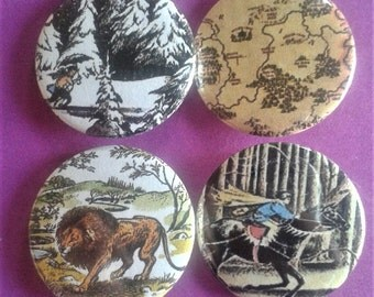 Set of 4 25mm Narnia badges