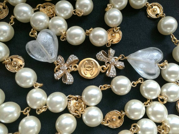 Nice vintage large glass pearl chain necklace, gold plated long chain necklace, nice weight