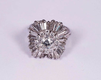 14K White Gold Ring w/Baguette and Round Diamonds in a Ballerina Setting , size 5