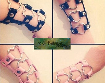 Sweetheart Wrist Harness