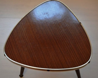 Retro flower/flower stool 1950s – 1960s years kidney-shaped table-style cult furniture classic drop prop decoration mid-century