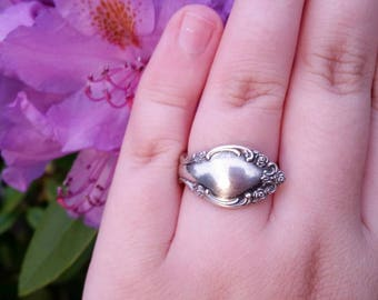 "Vintage Sterling Silver ""Heirloom"" Oneida Spoon Ring"