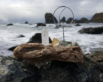 Intention Altar - Driftwood Quartz Citrine